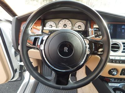 2010 Rolls-Royce Ghost - Photo 19