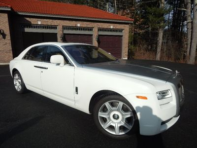 2010 Rolls-Royce Ghost - Photo 2