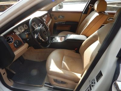 2010 Rolls-Royce Ghost - Photo 16