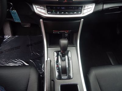 2014 Honda Accord Sedan LX - Photo 13