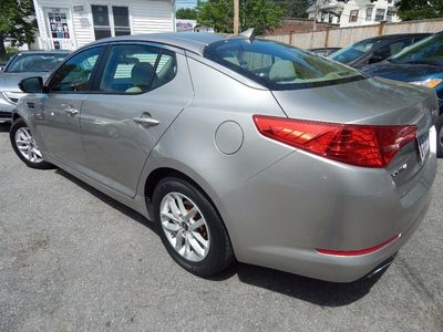 2011 Kia Optima LX - Photo 5