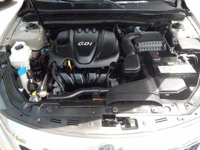 2011 Kia Optima LX - Photo 23