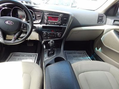 2011 Kia Optima LX - Photo 17