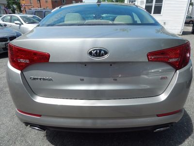 2011 Kia Optima LX - Photo 6