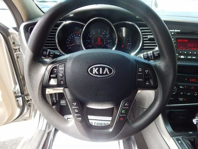 2011 Kia Optima LX - Photo 11