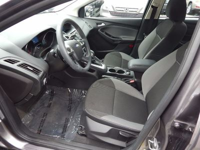 2014 Ford Focus SE - Photo 10