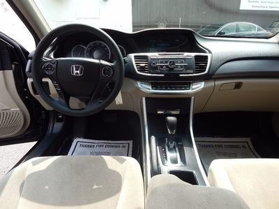 2013 Honda Accord Sdn LX - Photo 14