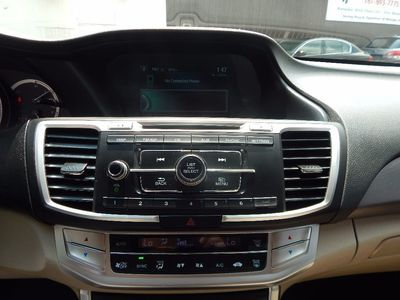 2013 Honda Accord Sdn LX - Photo 12