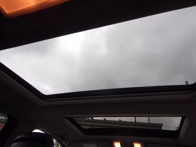 2010 Mercedes-Benz GLK 350 Navigation System & Panoramic Roof - Photo 31