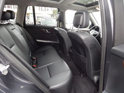 2010 Mercedes-Benz GLK 350 Navigation System & Panoramic Roof - Photo 28