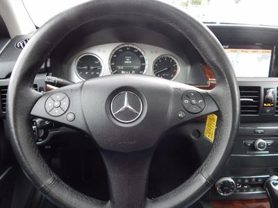 2010 Mercedes-Benz GLK 350 Navigation System & Panoramic Roof - Photo 14