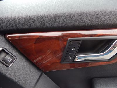 2010 Mercedes-Benz GLK 350 Navigation System & Panoramic Roof - Photo 36
