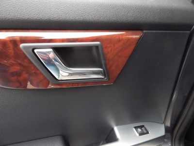 2010 Mercedes-Benz GLK 350 Navigation System & Panoramic Roof - Photo 27