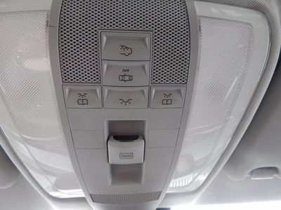 2010 Mercedes-Benz GLK 350 Navigation System & Panoramic Roof - Photo 24