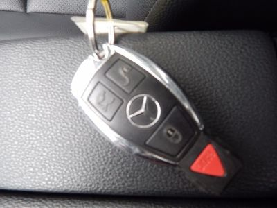 2010 Mercedes-Benz GLK 350 Navigation System & Panoramic Roof - Photo 47