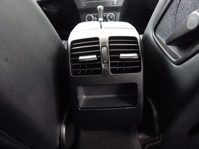 2010 Mercedes-Benz GLK 350 Navigation System & Panoramic Roof - Photo 33