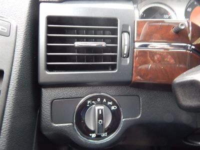 2010 Mercedes-Benz GLK 350 Navigation System & Panoramic Roof - Photo 13