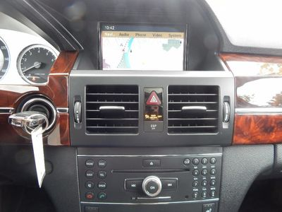 2010 Mercedes-Benz GLK 350 Navigation System & Panoramic Roof - Photo 19
