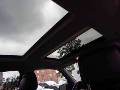 2010 Mercedes-Benz GLK 350 Navigation System & Panoramic Roof - Photo 32
