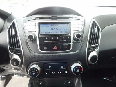 2012 Hyundai Tucson GLS - Photo 14