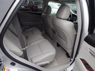 2011 Lexus RX 350 - Photo 22