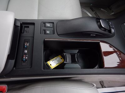2011 Lexus RX 350 - Photo 25