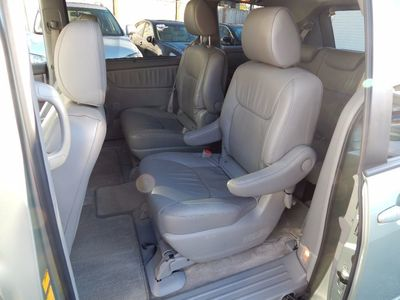 2010 Toyota Sienna XLE - Photo 14