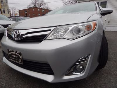 2012 Toyota Camry XLE - Photo 26