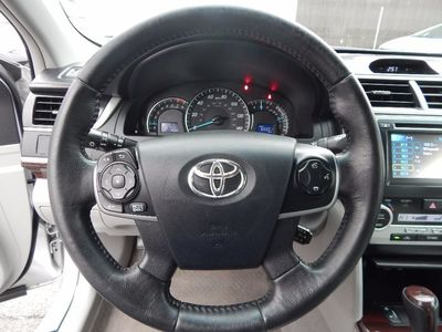 2012 Toyota Camry XLE - Photo 11