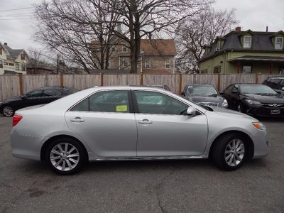 2012 Toyota Camry XLE - Photo 8