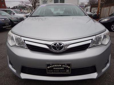 2012 Toyota Camry XLE - Photo 2