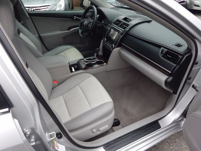 2012 Toyota Camry XLE - Photo 21