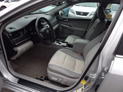 2012 Toyota Camry XLE - Photo 10