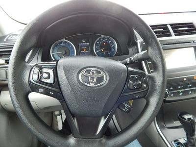 2016 Toyota Camry LE - Photo 13