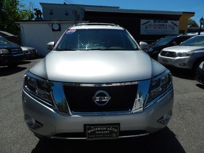 2014 Nissan Pathfinder SV - Photo 2