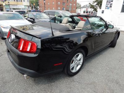 2010 Ford Mustang V6 - Photo 7