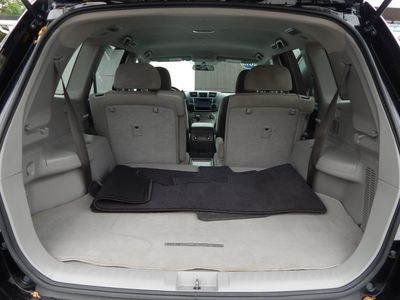 2013 Toyota Highlander SE - Photo 31