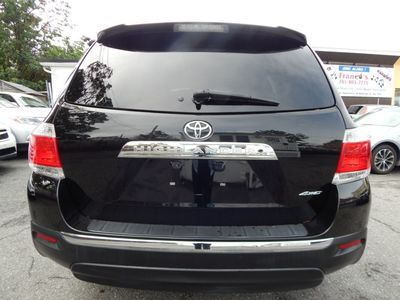 2013 Toyota Highlander SE - Photo 6