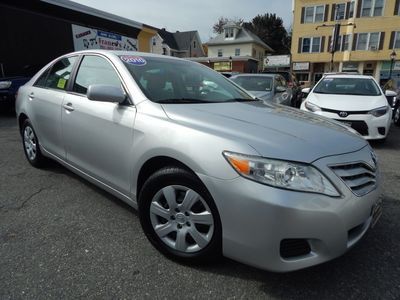 2010 Toyota Camry LE - Photo 1