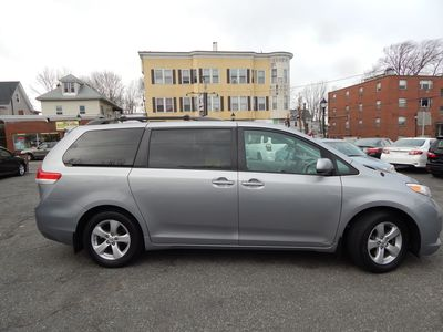 2012 Toyota Sienna LE 8 Passenger Mini Van - Photo 8