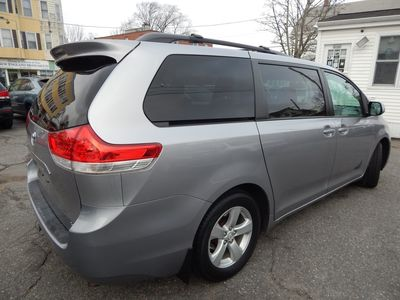 2012 Toyota Sienna LE 8 Passenger Mini Van - Photo 7