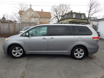 2012 Toyota Sienna LE 8 Passenger Mini Van - Photo 4