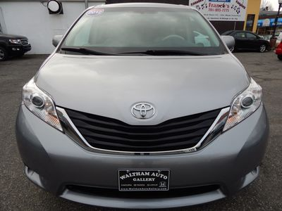 2012 Toyota Sienna LE 8 Passenger Mini Van - Photo 2
