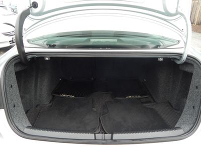 2012 Volkswagen Jetta SE w/Convenience Sunroof PZEV - Photo 21