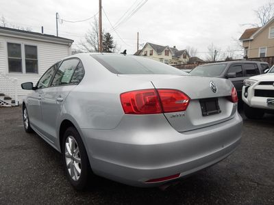 2012 Volkswagen Jetta SE w/Convenience Sunroof PZEV - Photo 5
