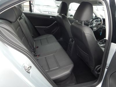 2012 Volkswagen Jetta SE w/Convenience Sunroof PZEV - Photo 19