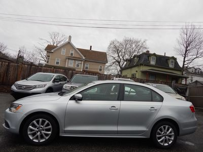 2012 Volkswagen Jetta SE w/Convenience Sunroof PZEV - Photo 4