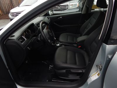 2012 Volkswagen Jetta SE w/Convenience Sunroof PZEV - Photo 17