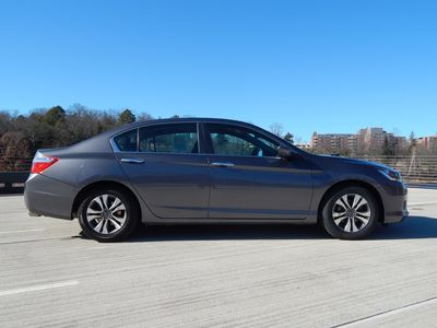 2013 Honda Accord LX Sedan 6-Speed Manual - Photo 7
