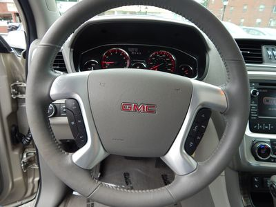 2015 GMC Acadia SLT - Photo 16